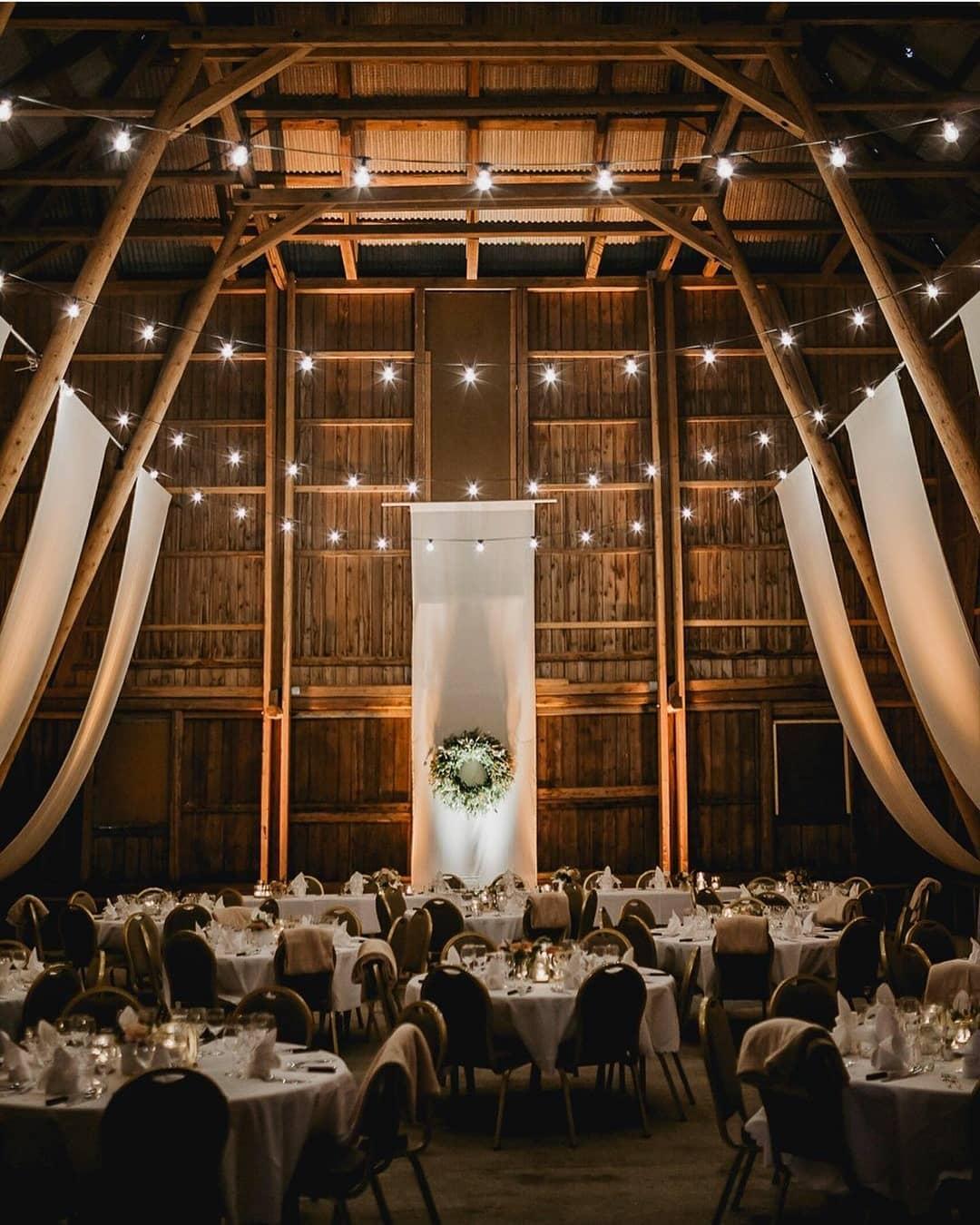 Bryllup på låve i Gjøvik