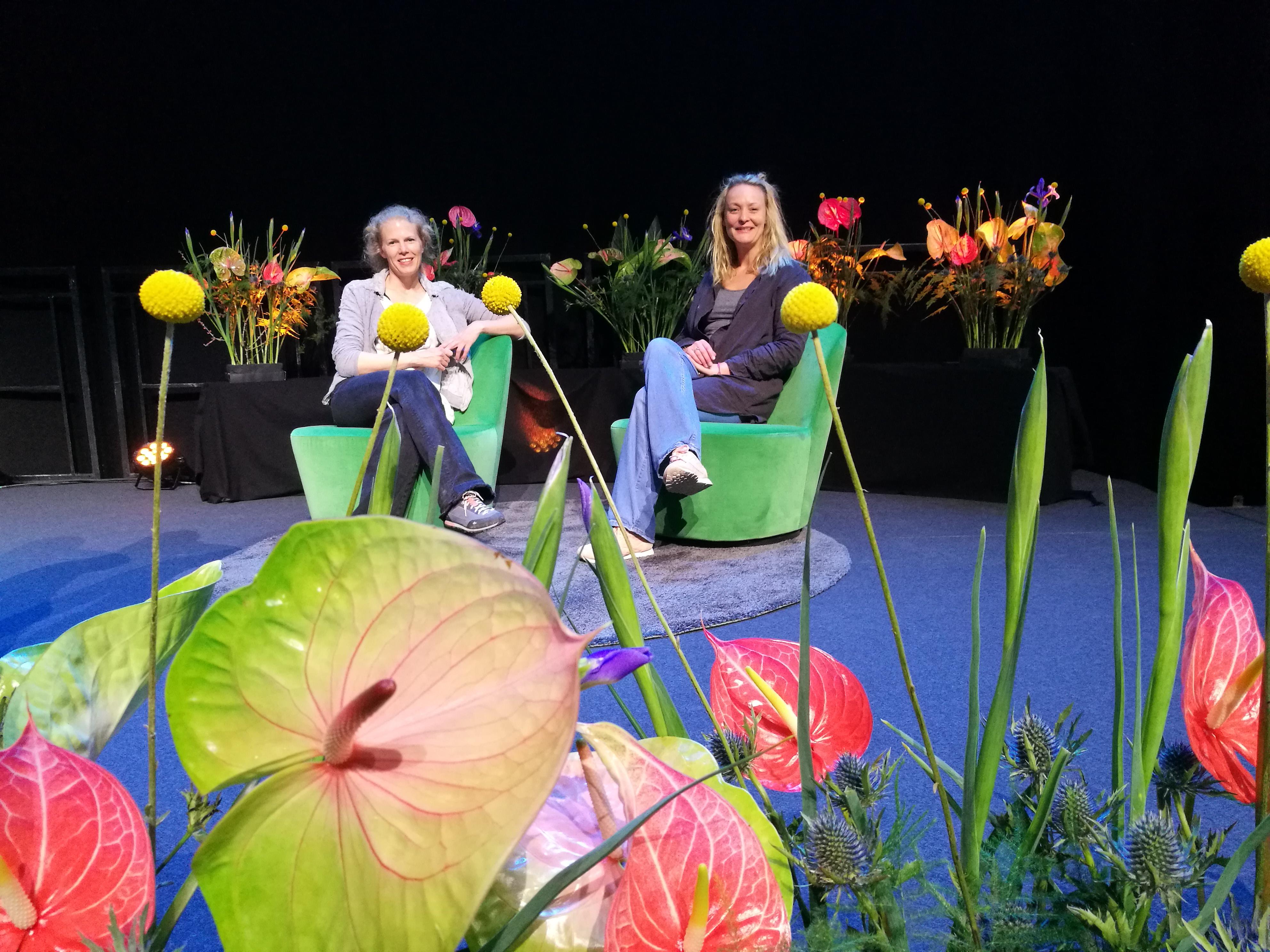 Blomster på scene og event